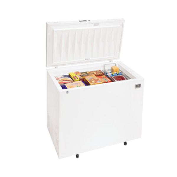 Chest Freezer, 7.2 cubic feet capacity, sealed cabinet interior, white exterior, lif